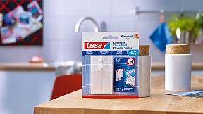 How to use the tesa® Adhesive Nail for Tiles & Metal 4kg.
