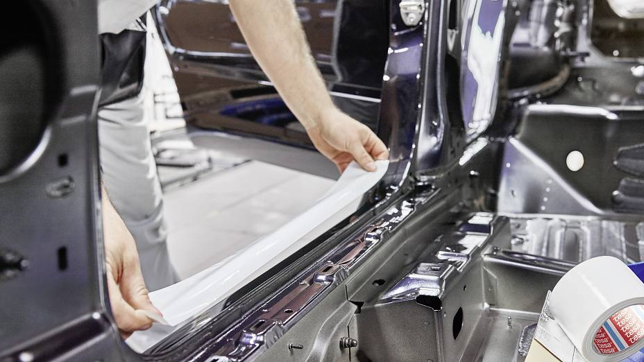 Tape applications for the automotive industry
