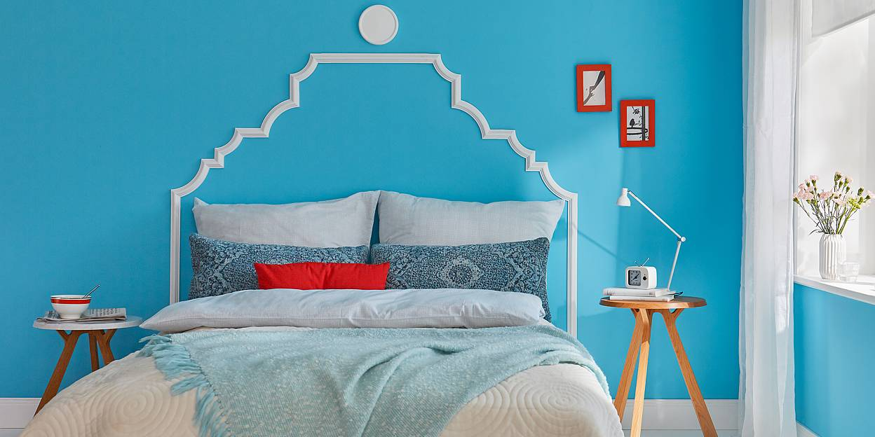 Create this beautiful and simple DIY headboard