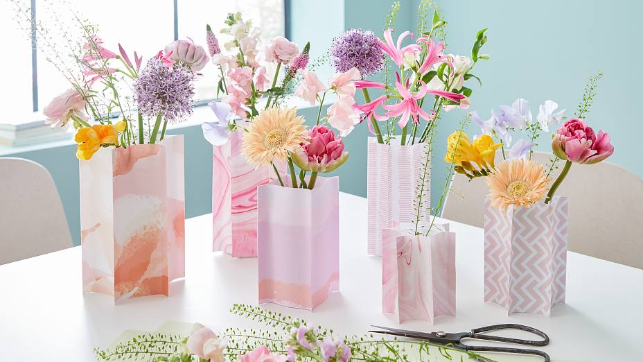 Plastic Bottle Flower Vases Tesa