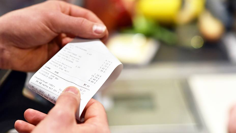 Thermal paper cash register receipt