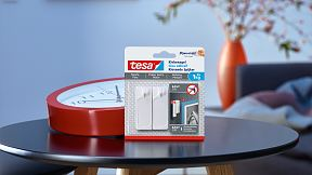 How to use a tesa® Adhesive Nail for Wallpaper & Plaster 1kg.