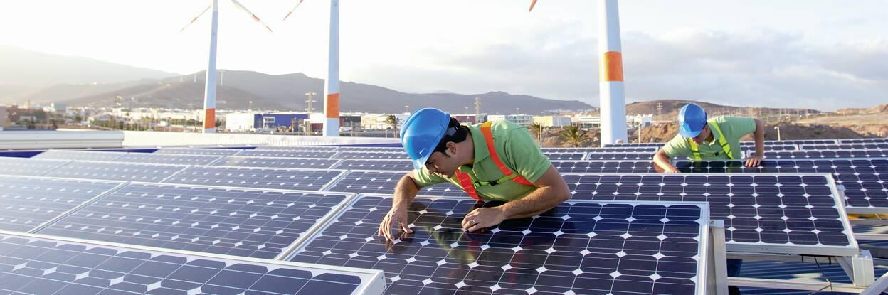Industrias fotovoltaica y eólica