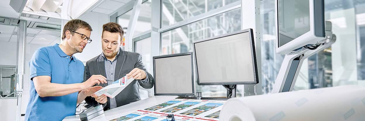 Il vostro partner per le soluzioni adesive per il settore della carta e della stampa
