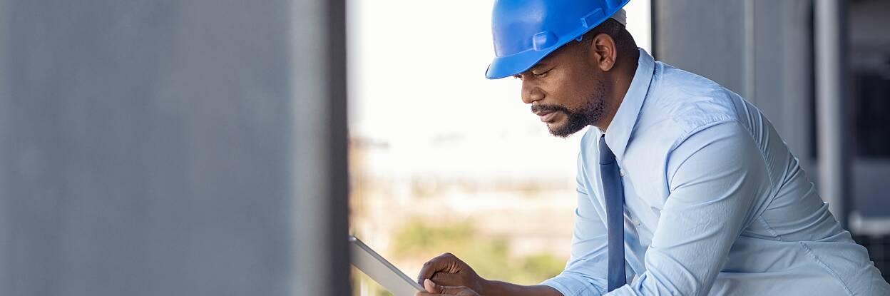 Reference building, Raiffeisenbank Lugano (Tessin), Switzerland, Photo: Daniel Sumesgutner